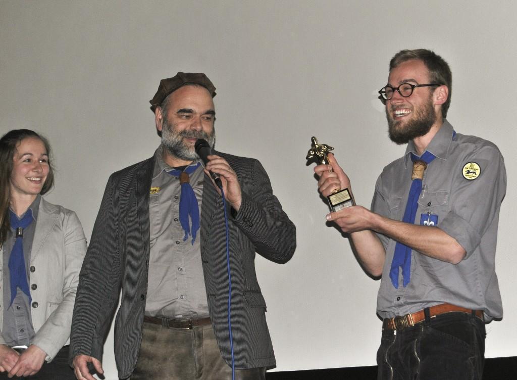 """Dem Produzenten wurde ein symbolischer """"Oscar"""" überreicht"""